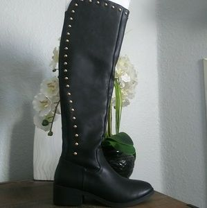 Steve madden boots new in box